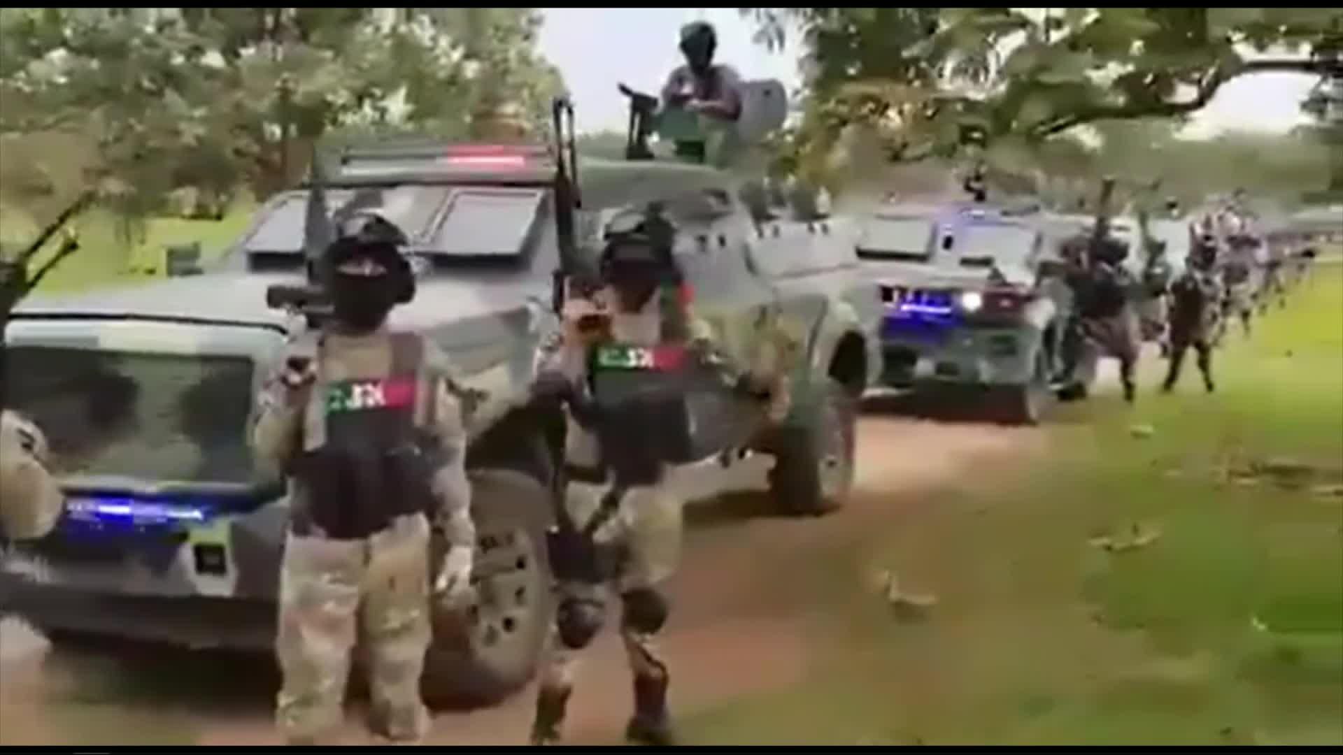 This is not the Mexican army or police, it's the CJNG cartel